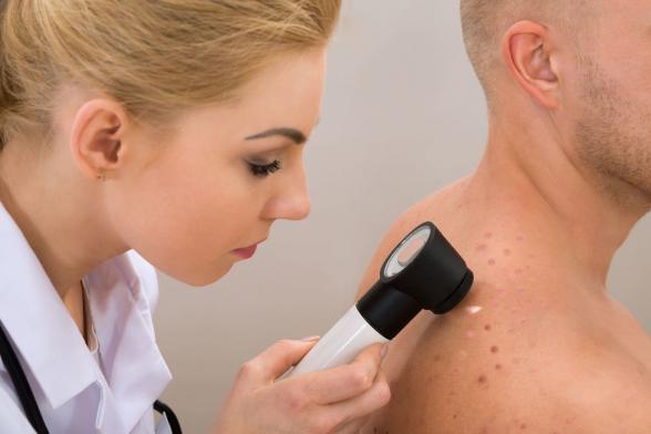 Кожа может предупредить о диабете, гепатите и циррозе печени – медики