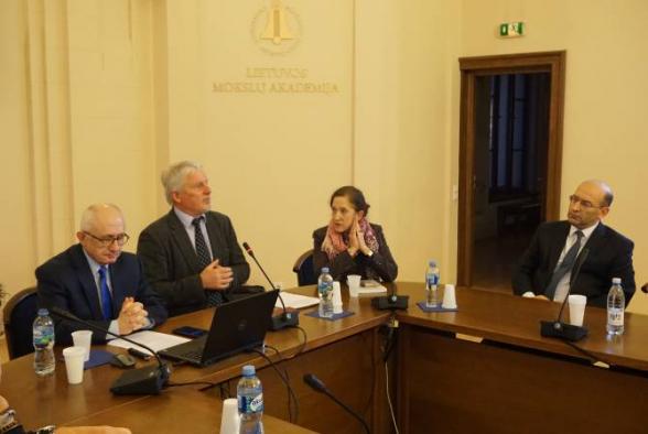 Թաներ Աքչամը Լիտվայում խոսել է Հայոց ցեղասպանության նկատմամբ Թուրքիայի վարած ժխտողական քաղաքականության մասին