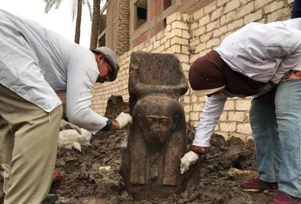 В Египте археологи нашли гранитную статую Рамзеса Второго