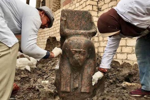 Եգիպտոսում հայտնաբերել են Ռամզես Բ-ի հազվագյուտ արձանը