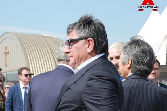 Կառավարությունը Խաչատուր Սուքիասյանին յուղոտ կտոր է տվել պետգնումներից