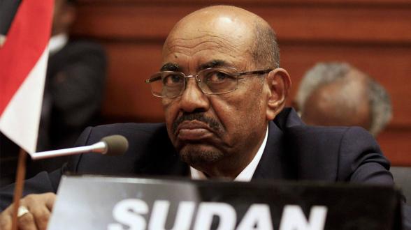 Экс-президент Судана приговорен к 10 годам лишения свободы за коррупцию