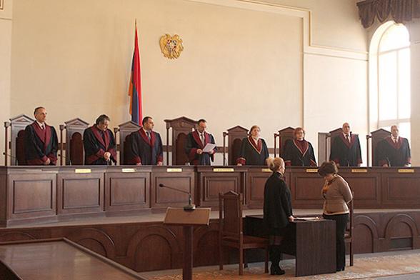 ՍԴ դատավորներն ավելի են համախմբվել․ «Հրապարակ»