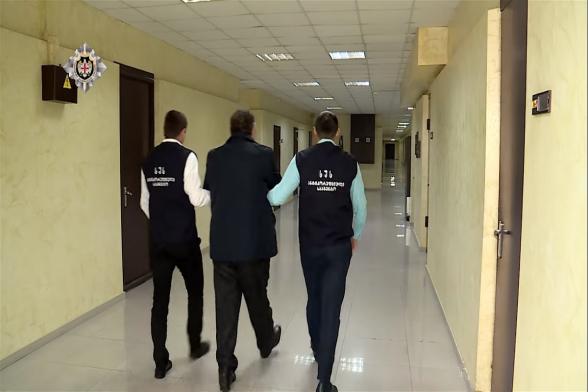 Նինոծմինդայի քաղաքապետարանի հայ աշխատակիցը ձերբակալվել է խոշոր չափի կաշառք վերցնելու մեղադրանքով (տեսանյութ)