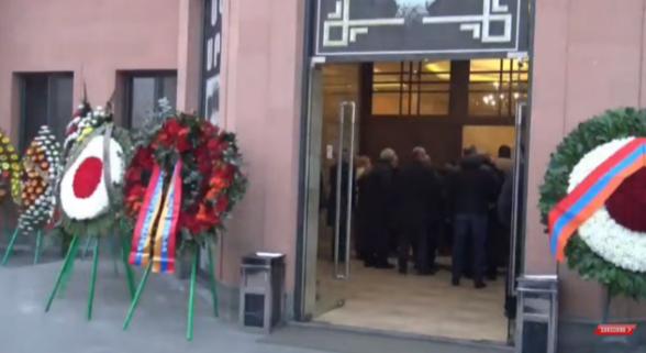 Տեղի ունեցավ Գեորգի Կուտոյանի հոգեհանգիստը (տեսանյութ)
