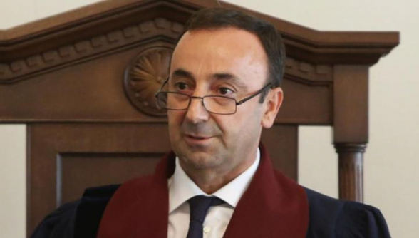 ՍԴ նախագահի անձեռնմխելիության հարցը կքննի դատավոր Մեսրոպ Մակյանը