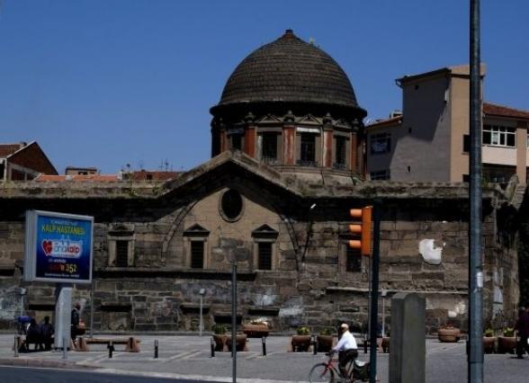 Армянская церковь Кесарии переделана в городскую библиотеку (видео)