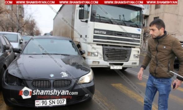 Երևանում բախվել են BMW-ն ու DAF բեռնատարը (տեսանյութ)