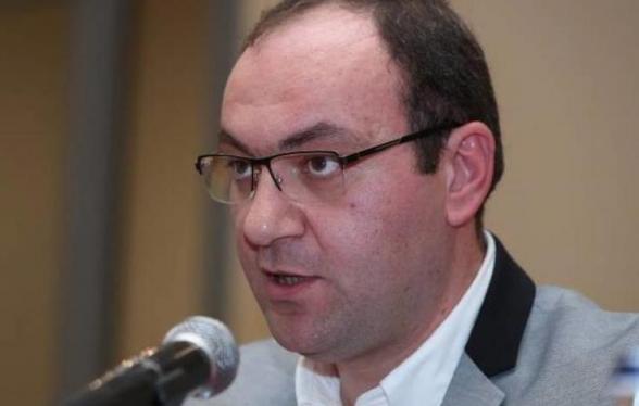 Մեղավոր են այն իրավաբանները, ովքեր վարչապետին խորհուրդներ են տալիս. Արսեն Բաբայան (տեսանյութ)