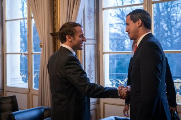 Макрон поддержал скорейшую организацию президентских выборов в Венесуэле