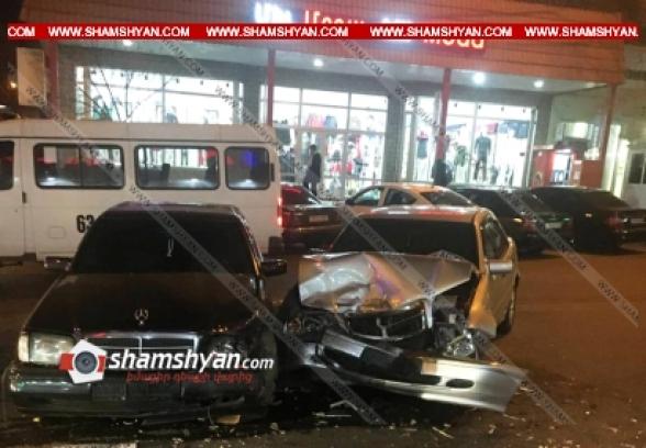 Երևանում բախվել են Mercedes-ները. հայրը և նրա 7-ամյա դուստրը տեղափոխվել են հիվանդանոց