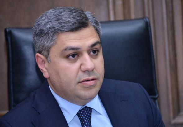 Правящая партия должна обсудить вопрос выдвижения нового кандидата на пост премьер-министра – Ванецян