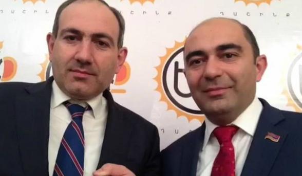Самоубийственная пресс-конференция Пашиняна: последствия роспуска клиентского гарема (видео)