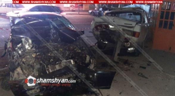 Գյումրիում բախվել են Volkswagen-ն ու 2 ГАЗ 31029-ները. կան վիրավորներ