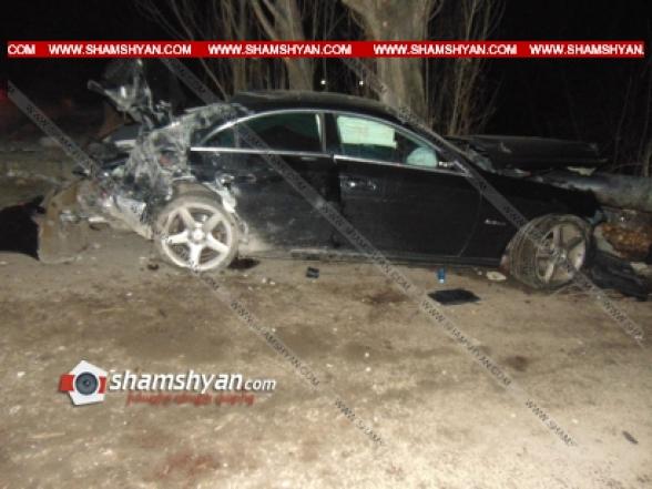 Լոռու մարզում ճանապարհի մերկասառույցի պատճառով Mercedes-ը բախվել է բետոնե արգելապատնեշներին, կան վիրավորներ