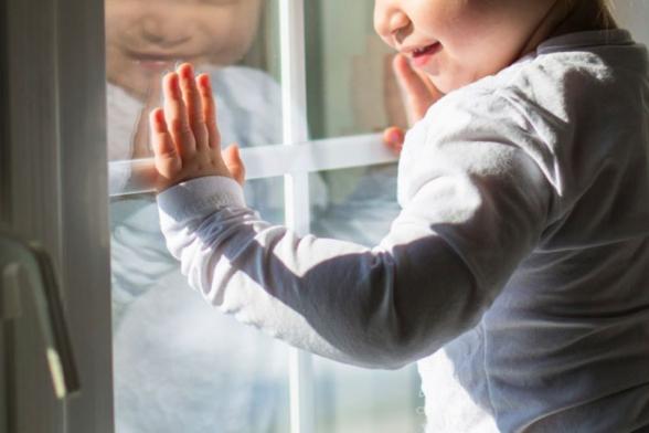3-րդ հարկից ընկած 1.5 տարեկան երեխայի առողջությանն այլևս վտանգ չի սպառնում