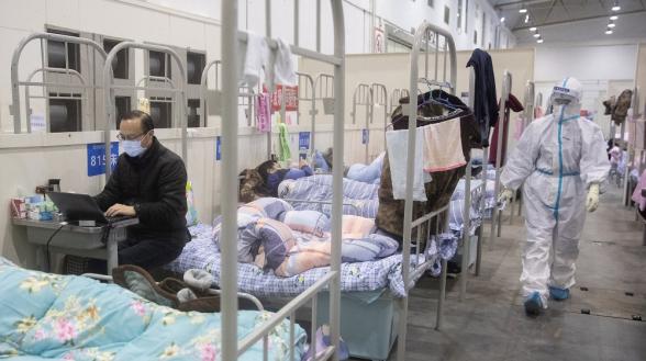 Число жертв коронавируса в Китае выросло до 2118 человек