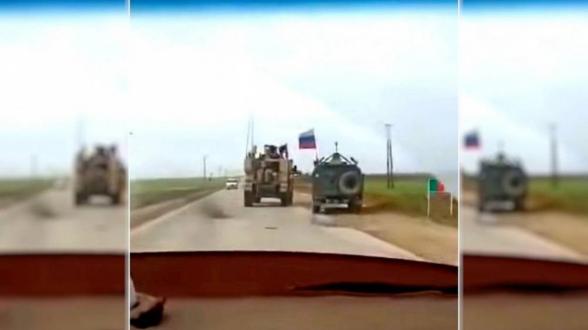 Появилось видео инцидента с бронемашинами России и США
