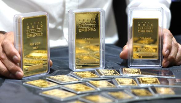 Золото подорожало до максимумов за 7 лет