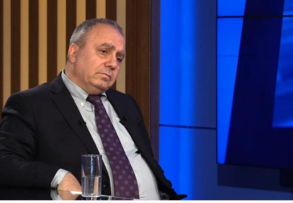 В 2019-ом экономика выросла на 4%, Пашинян распорядился написать 8% – Грант Багратян (видео)