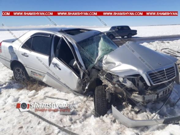 Գեղարքունիքի մարզում 23-ամյա պայմանագրային զինծառայողը Mercedes-ով բախվել է փայտե էլեկտրասյանը