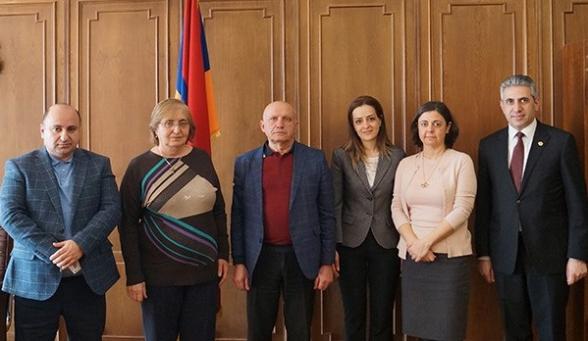 ՍԴ փոխնախագահ Ալվինա Գյուլումյանը հանդիպել է մի շարք բուհերի իրավաբանական ֆակուլտետների ներկայացուցիչների հետ