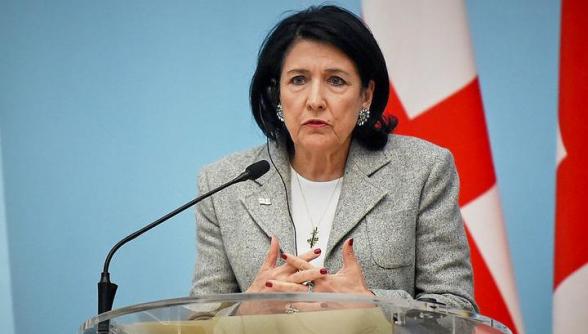 Կորոնավիրուսի պատճառով Վրաստանի նախագահը չեղարկել է երեք երկրներ այցերը