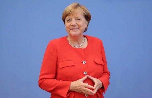 Ангела Меркель ушла на карантин из-за контакта с врачом, заболевшим коронавирусом