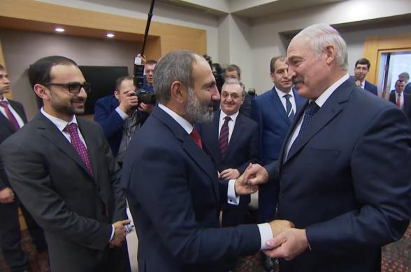 Пашинян формирует с Лукашенко антипутинскую коалицию?