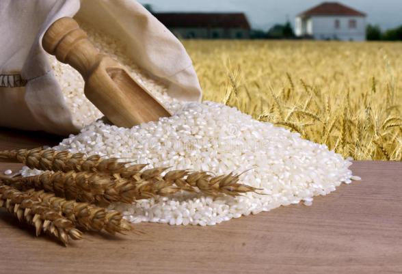 В мире из-за коронавируса резко подорожали рис и пшеница