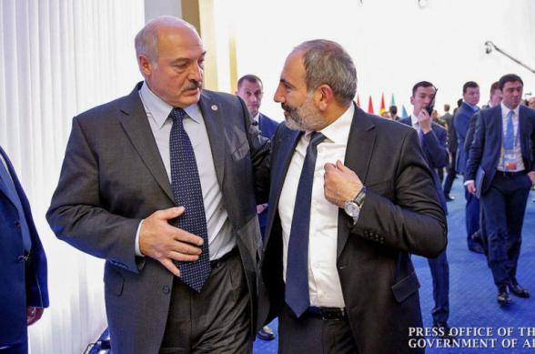 Во время шоу «Звонок гражданину» Никол Пашинян случайно дозвонился Александру Лукашенко
