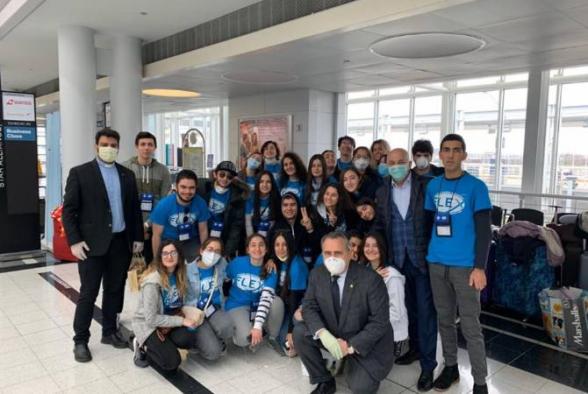 Возвращающиеся из США в Армению 35 учеников будут подвержены 14-дневному карантинному режиму