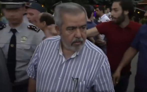 Հիշենք անհիշելին․ ուղիղ մեկ տարի առաջ ամբոխը հարձակվեց Հրանտ Մարգարյանի վրա (տեսանյութ)