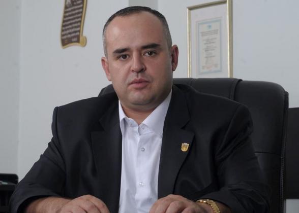 Փաստաբան Տիգրան Աթանեսյանի տան վրա հարձակվողները փորձել են պատուհանից հարվածել նրա 7-ամյա որդուն