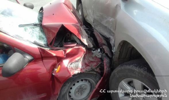 Գյուրջյան փողոցում «Sigma» մակնիշի մոպեդը բախվել է «Volvo XC 90» մակնիշի ավտոմեքենային․ կա տուժած