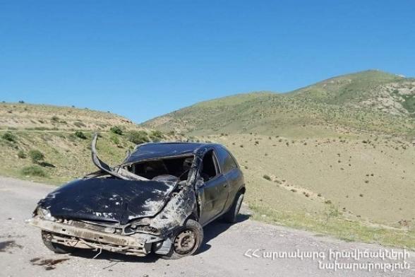 Նարեկ գյուղում «Opel Corsa» դուրս է եկել ճանապարհից և կողաշրջվել. վարորդը տեղում մահացել է