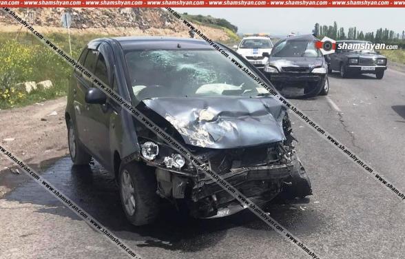 Արագածոտնի մարզում բախվել են «Mitsubishi»-ն ու «Opel»-ը. կան վիրավորներ