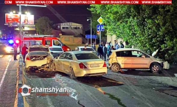 Արմավիրի մարզում բախվել են Nissan Teana-ն, 2 Mercedes-ները, Toyota Camry-ն և Nissan Tiida-ն. կան վիրավորներ