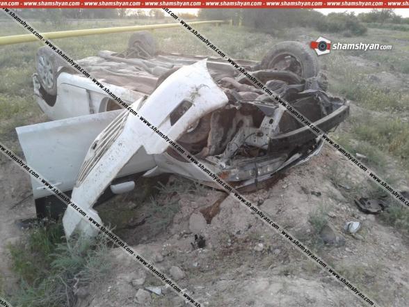 Արմավիրի մարզում 53–ամյա վարորդը «Toyota»-ով բախվել է գազատար խողովակին, գլխիվայր շրջվելով՝ հայտնվել դաշտում. կա վիրավոր