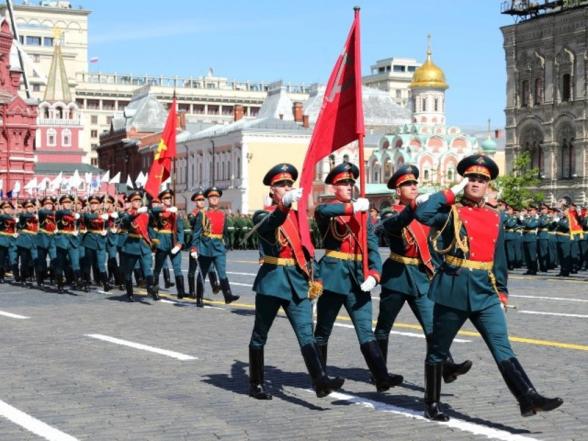 В Параде Победы в Москве примут участие 14 тысяч военнослужащих (видео)