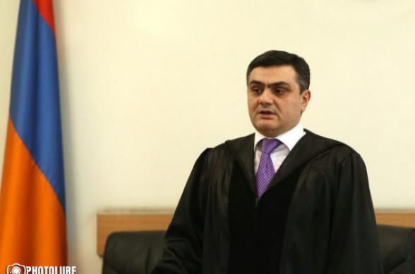 Գագիկ Ծառուկյանին կալանավորելու պահանջով դատախազության բողոքը մակագրվել է դատավոր Մխիթար Պապոյանին