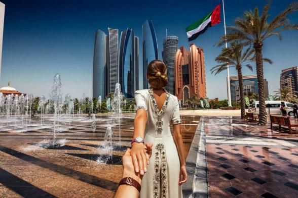 Дубай начал принимать иностранных туристов, невзирая на коронавирус