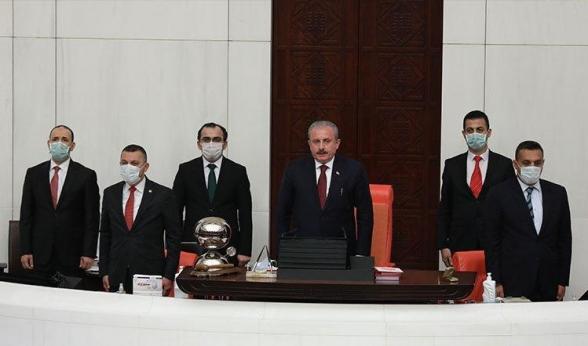 Մուստաֆա Շենթոփը վերընտրվել է Թուրքիայի խորհրդարանի նախագահ