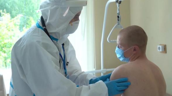 Испытание российской вакцины от COVID-19 вступило в финальную стадию (видео)