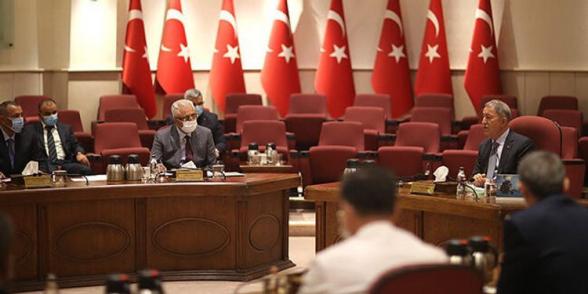 Командующий ВВС Азербайджана прибыл для консультаций в Турцию