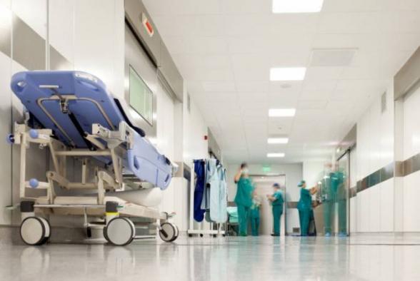 3 օր առաջ Հաղթանակի կամրջից նետված 18-ամյա աղջկա վիճակը ծայրահեղ ծանր է