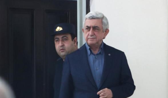 Суд признал отсутствие Сержа Саргсяна неуважительным: заседание перенесено
