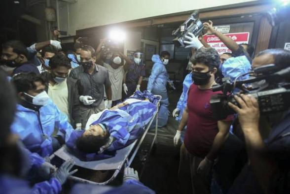 Հնդկաստանում ինքնաթիռը վայրէջքից հետո բաժանվել է երկու մասի. առնվազն 14 մարդ զոհվել է