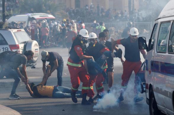 Силовики вернули под контроль центр Бейрута и захваченные демонстрантами министерства