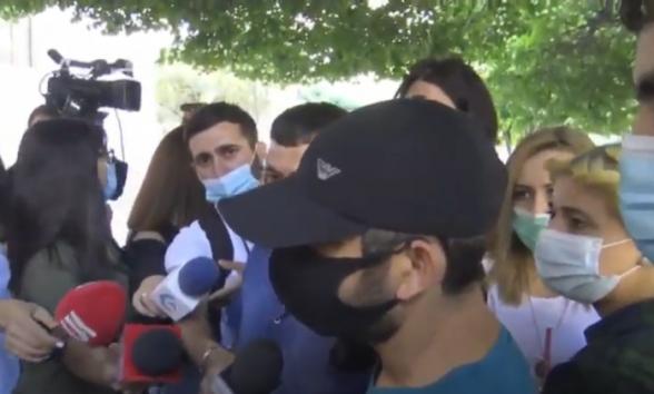 Акция протеста перед зданием Правительства (видео)